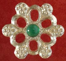 Rose badge with Green agate