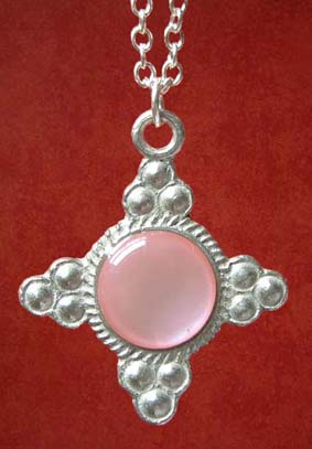Pendant, Pink mother of Pearl
