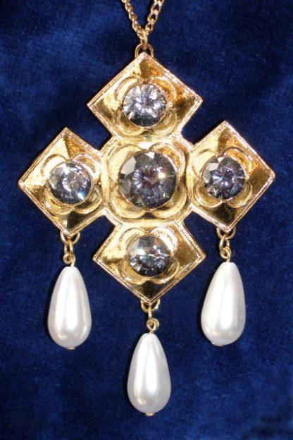 Catherine of Aragon Jewel