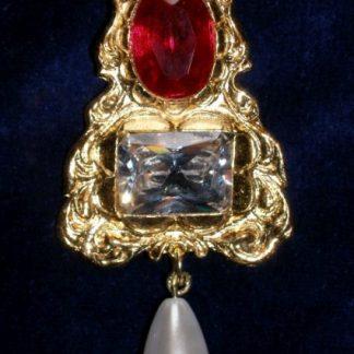 Jane Seymour Pendant