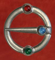 Ring Brooch, with carnelian and agate